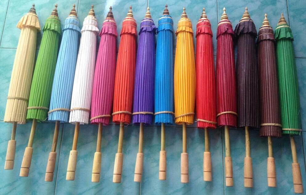 ร่มผ้าเคลือบน้ำมัน ร่มบ่อสร้าง ร่มเชียงใหม่ขนาด14นิ้ว มีหลายสีให้เลือก