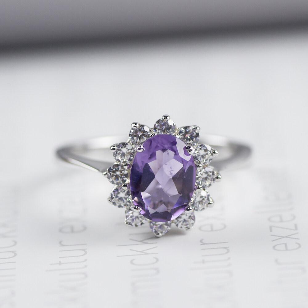 Beauty Jewelry เครื่องประดับผู้หญิง เงินแท้ 925 Silver Jewelry แหวนเพชรสไตล์ปริ้นซ์เซส ประดับพลอยแท้อเมทิส (Amethyst) / เพชร CZ รุ่น RS2239-RA เคลือบทองคำขาว