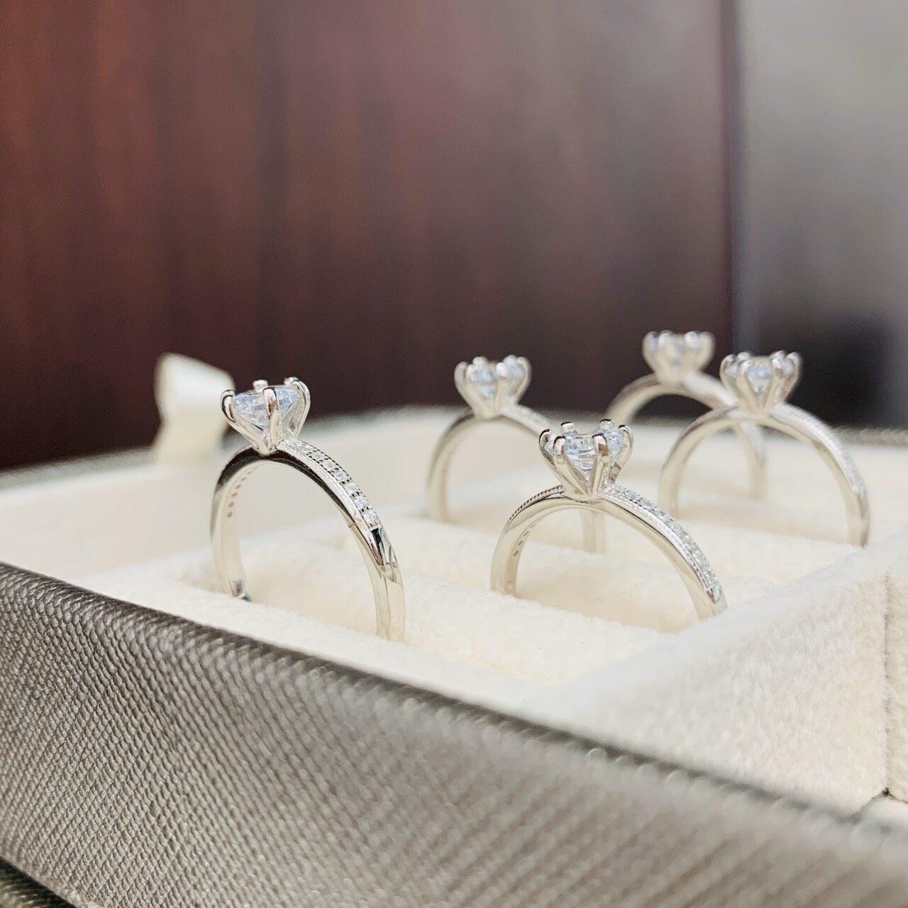รีวิว Zign Jewelry แหวนเพชร แหวนเงินแท้ 925รุ่นRS0011เคลือบทองคำขาวแท้ของแท้100%มีบัตรรับประกัน