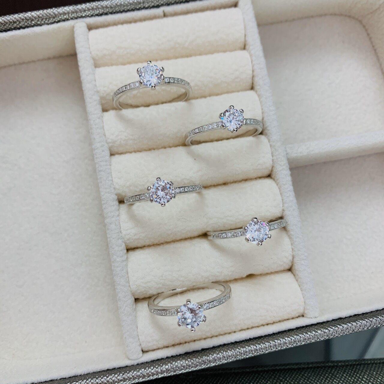 Zign Jewelry แหวนเพชร แหวนเงินแท้ 925รุ่นRS0011เคลือบทองคำขาวแท้ของแท้100%มีบัตรรับประกัน