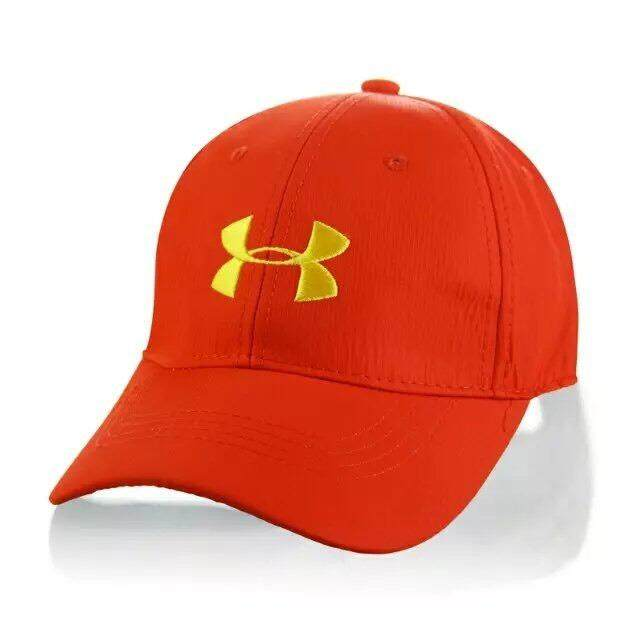 GOLF CAP Clip with Magnetic Ball Marker By Under Armour หมวกกอล์ฟ พร้อมมาร์คเกอร์ในตัว CB001  ปรับขนาดได้ หมวก สี : Not Specified Size Int :  One size