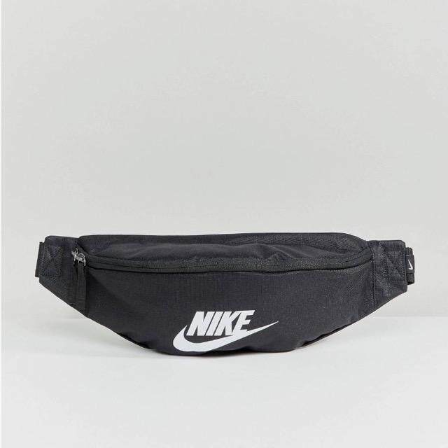 Nike Heritage Bumbag In Black ของแท้