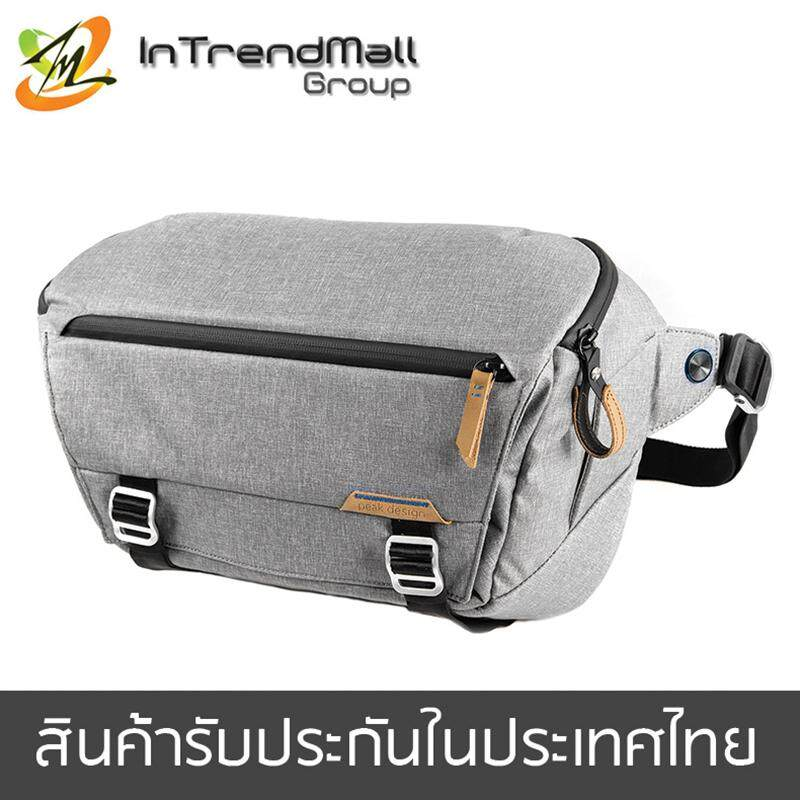 Peak Design Everyday Sling 10L (สีเทาอ่อน)