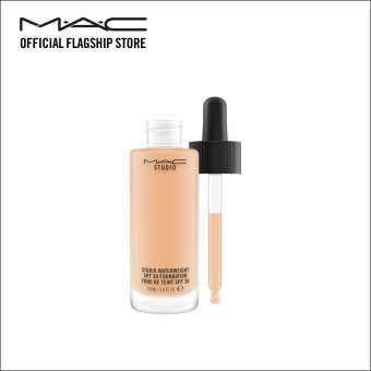 MAC STUDIO WATERWEIGHT SPF 30 /PA++ FOUNDATION - NC30