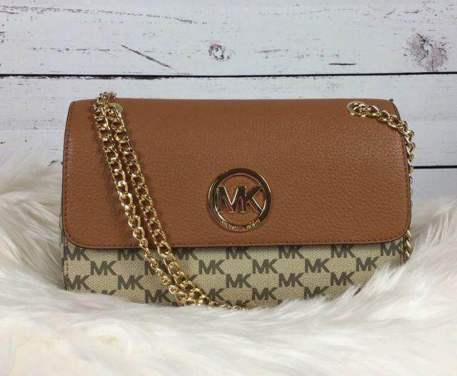 Michael Kors 38H7YFTL1V Fulton Small Shoulder Flap Small Nat/luggage  กระเป๋า Clutch กระเป๋าผู้หญิง