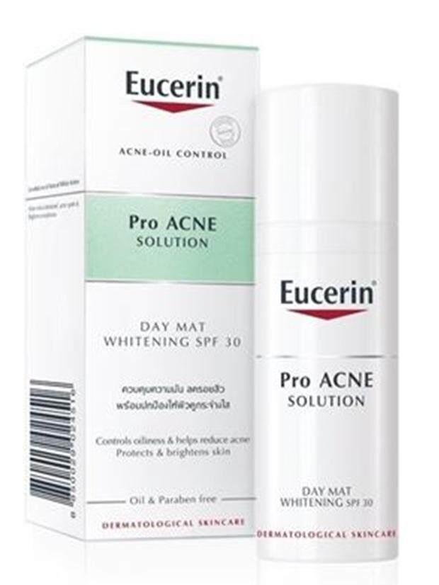 แนะนำ EUCERIN PRO ACNE SOLUTION DAY MAT WHITENING SPF30 50ml พร้อมส่ง วัยรุ่นใช้เยอะอันดับ1