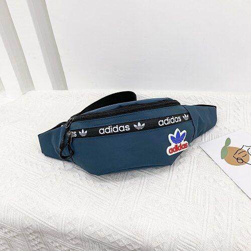 กระเป๋าแฟชั่น กระเป๋าคาดอก/เอวลายadidas/หญิงและชาย สินค้ายอดฮิตใหม่สุด2020 พร้อมส่ง.