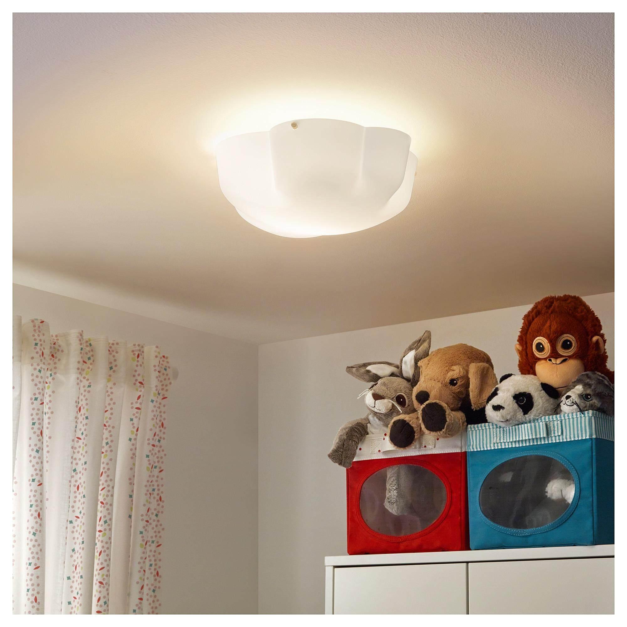 ราคาพิเศษ Yllesta อีลเลสตา โคมเพดาน โคมไฟให้แสงสว่างที่กระจายทั่วพื้นที่ ประกอบและใช้งานง่าย ทั้งยังสะดวกต่อการทำความสะอาดผ่านการทดสอบและรับรองว่าเด็กๆ สามารถใช้ได้ By W.r Shop.