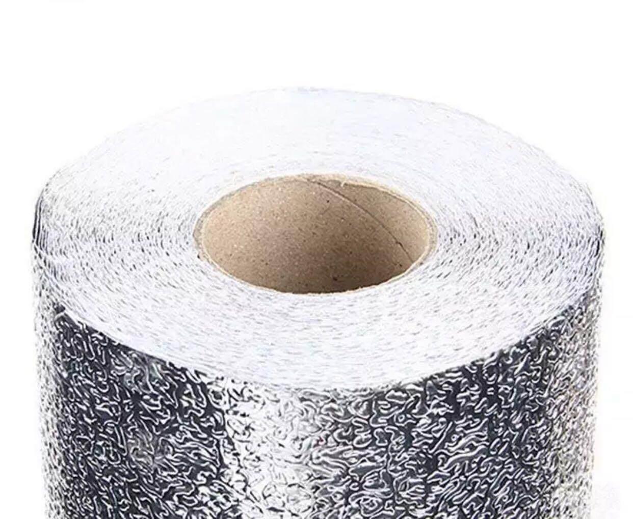 มีให้เลือก 2 ลาย สติกเกอร์ฟอยล์อลูมิเนียม กันน้ำมันกระเด็น ใช้สำหรับติดผนังห้องครัว 40 Cm X 6 เมตร.