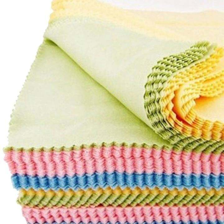 70 Pcs Disposable Microfiber Cleaning Cloth 13x13cm - For Eyeglass, Computer Screen, Jewelry,