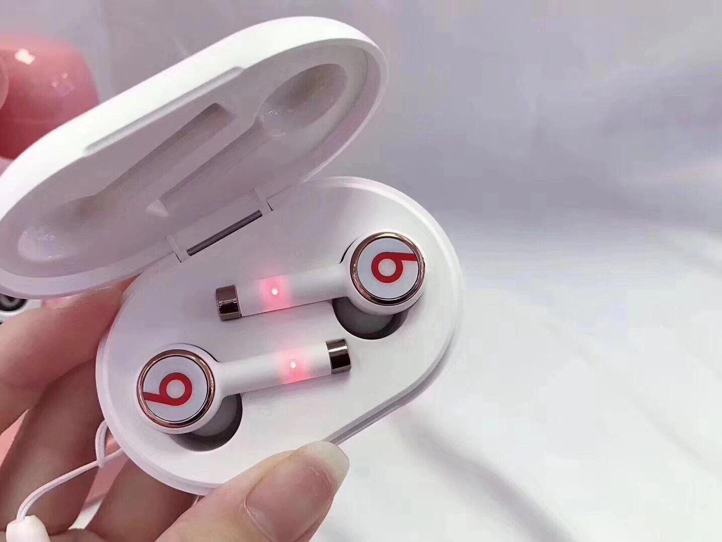 Beats Wireless tour3 ใหม่ ชุดหูฟังพร้อมกล่องชาร์จชุดหูฟังบลูทู ธ ไร้สาย Bluetooth V5.0 ชุดหูฟังไร้สาย IOS Android
