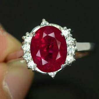 แหวนเงินแท้925 พลอยทับทิม ruby 3.35กะรัตสวยไฟดีค่ะ
