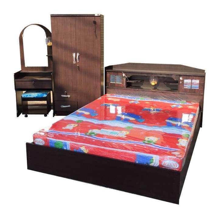 ราคา 1deelert ชุดห้องนอน promotion ขนาด 5 ฟุต (เตียง + ตู้เสื้อผ้า 2 บาน + โต๊ะแป้ง + ที่นอนโฟมฟองน้ำ) (สีโอ๊ก)