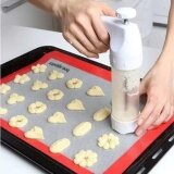 ราคา Baking Pastry Tools Cookie Mold Press Gun 12 Flower Mold 6 Pastry Tips Biscuit Cookie Cutter Diy Cake Cookie Making Machine Intl เป็นต้นฉบับ