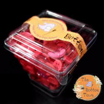กระดุมคละแบบสีแดง Button Candy Size M