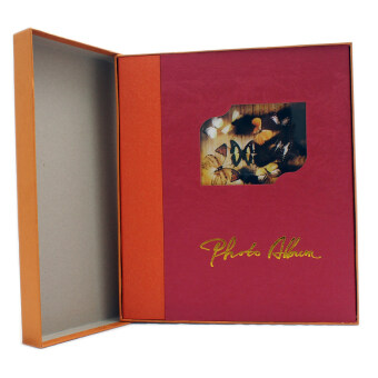 CMC อัลบั้มรูป แบบกาว 20 แผ่น ขนาดใหญ่พร้อมกล่อง รุ่น D1518 (สีแดง)