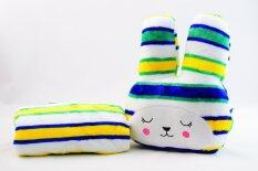 หมอนผ้าห่มCraft กระต่ายแก้มแดง ลายขวางสลับสีโทนน้ำเงินเขียวเหลือง เป็นต้นฉบับ