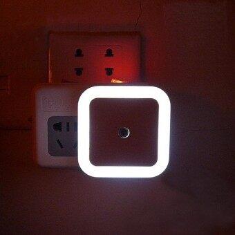 รูปสี่เหลี่ยมจัตุรัส 0.5 วัตต์ปลั๊กไฟพร้อมไฟเลี้ยวสำหรับเด็กห้องนอนเด็กทารก EU ปลั๊กไฟสี: สีขาว EU ปลั๊กไฟแหล่งจ่ายไฟ: 0.5 วัตต์-นานาชาติ