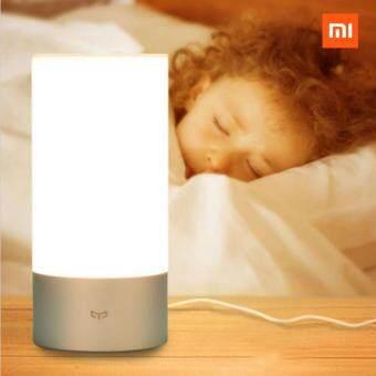 Xiaomi Yeelight Bedside Lamp โคมไฟอัจฉริยะ เปลี่ยนสีหลอดไฟได้