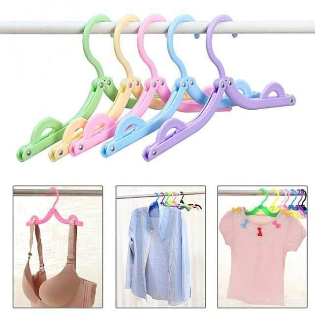 ไม้แขวนเสื้อพับได้แบบพกพา สำหรับท่องเที่ยว คละสี ระบุสีในแชท By Moobankshop.