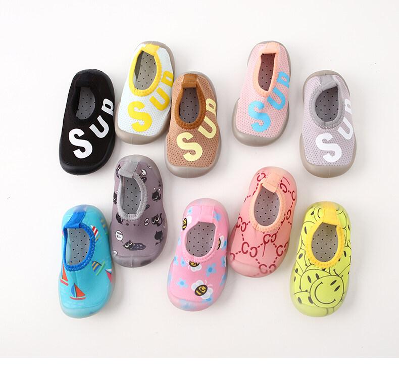 รองเท้าเด็ก รองเท้าหัดเดิน รองเท้าพื้นยางซิลิโคน กันลื่น สำหรับ เด็กแรกเกิดถึง3ปี *ลายแฟชั่นหน้ายิ้ม A8.