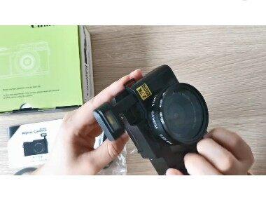 กล้องดิจิตอล Hd 2.7k24 ล้าน Wifi ขนาด 3 นิ้วหน้าจอหมุนได้ขนาดใหญ่.