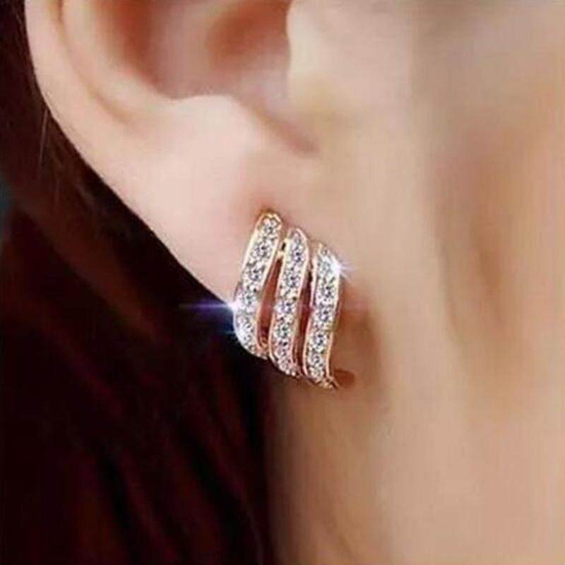 ต่างหู Fashion Gold Color Korean Style Simple Crystal Stud Earrings For Women Wedding Jewerly Bridal Engagement Earrings Female Gifts - 1 คู่ By 50 Shop.