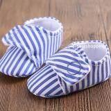 โปรโมชั่น รองเท้าหัดเดิน พื้นยาง รองเท้าเด็กอ่อน รองเท้าเด็กพื้นผ้า Baby Shoe Prewalker ของใช้เด็กอ่อน รองเท้าทารก รองเท้าเด็กเล็ก รองเท้าบูทเด็กอ่อน สีฟ้า ลายทาง ถูก