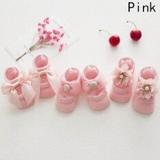 Fancyqube 3 คู่เด็กทารกใหม่ลูกไม้โบว์เด็กพื้นถุงเท้าสีชมพู - เอส (0-1 ปี) - นานาชาติ By Fancyqube Fashion.