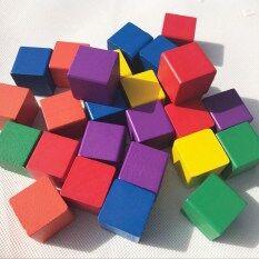 บล็อกบล็อกอาคารไม้บล็อกก้อนก้อนสี่เหลี่ยม.