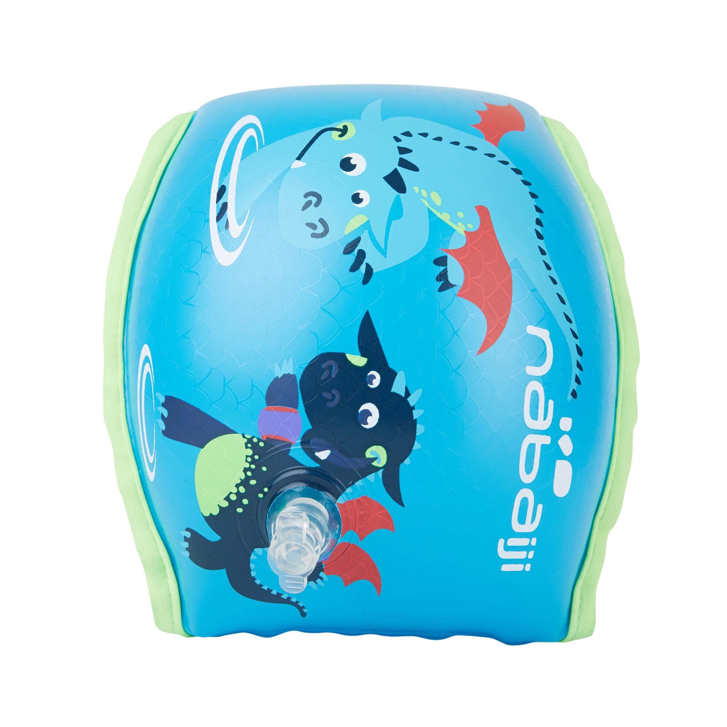 [ด่วน!! โปรโมชั่นมีจำนวนจำกัด] ห่วงยางสวมแขนว่ายน้ำแบบบุผ้าด้านในสำหรับเด็กที่มีน้ำหนัก 15-30 กก. (สีฟ้าพิมพ์ลายมังกร) สำหรับ ว่ายน้ำ