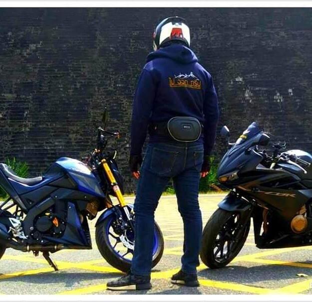 เสื้อ. HOOD สำหรับขับรถจักรยานยนต์ Bigbike ปักโลโก้ด้านหลัง ไปออกทริป