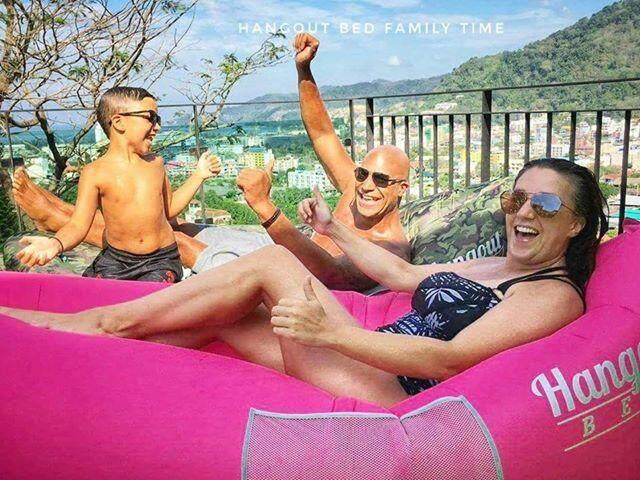 โซฟาลม แบรนด์ Hangout Bed ของแท้! สีชมพูฮอตพิ้ง (hot Pink) Inflatable Sofa By Hangout.