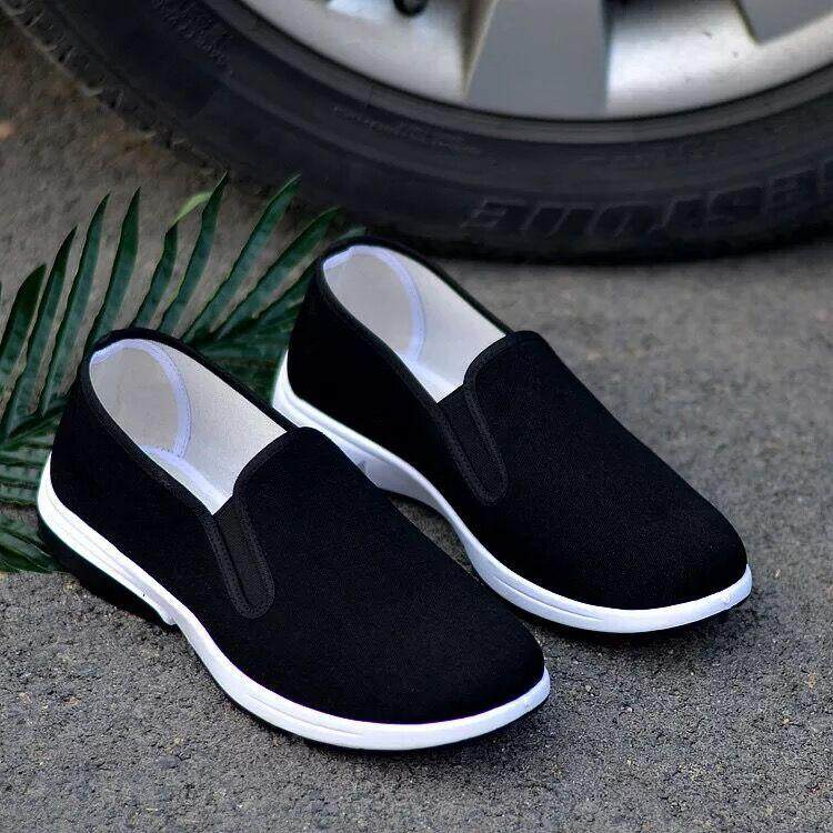 Shop Casual Shoes รองเท้าผ้าใบสวมง่ายๆ ใส่สบาย Canvas Shoes By Mlgbshop.