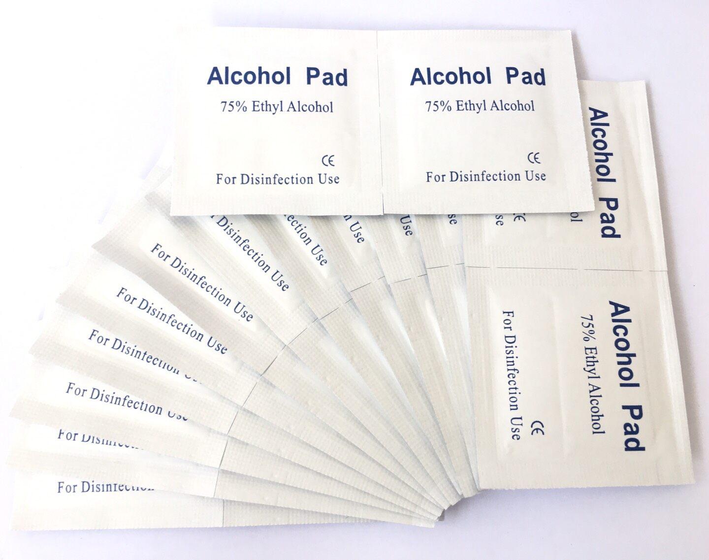 พร้อมส่งด่วนเคอรี่!! แผ่นแอลกอฮอล์ 75% 100 ชิ้น พกพาสะดวก ใช้ง่าย Alcohol Pad แผ่นสำลีผ้าผสมแอลกอฮอ เช็ดทำความสะอาดพกพาสะดวก หน้าจอโทรศัพท์ ปุ่มกดลิฟต์ นิ้วมือ สายชาจ หูฟัง