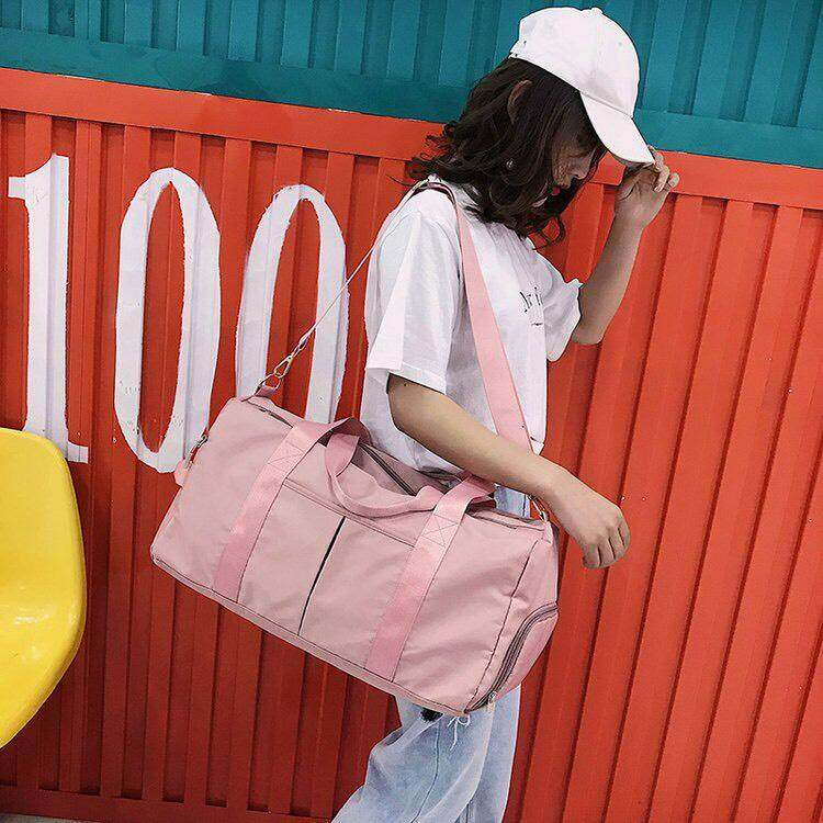 กระเป๋าเดินทาง กระเป๋าเป้ กระเป๋าใส่เสื้อผ้า กระเป๋าใส่สัมภาระ.