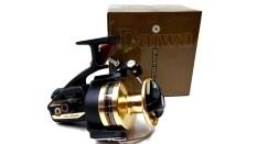 ซื้อ Daiwa Bg90 Series Spinning Reels Black Gold ใหม่ล่าสุด