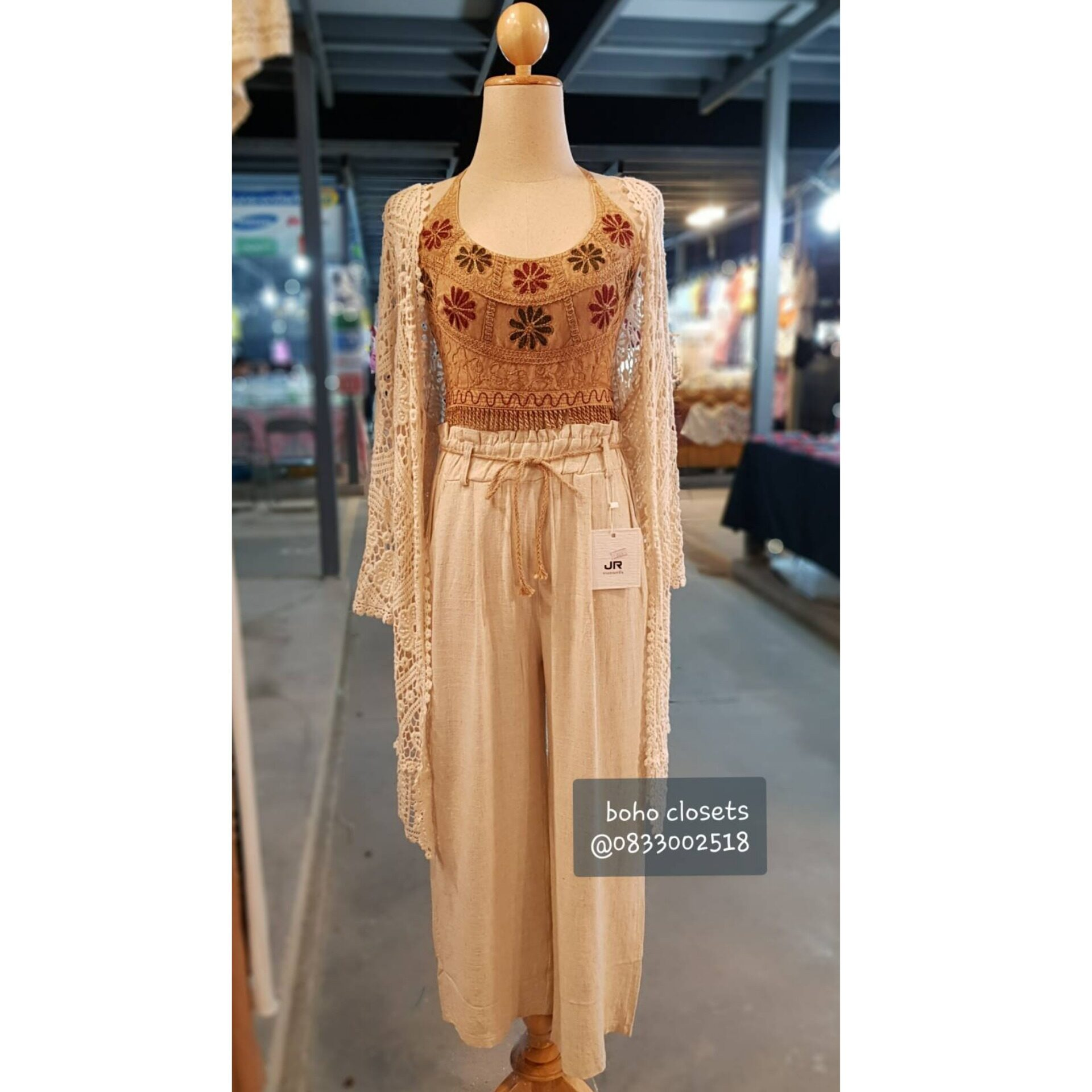 New !! เซ็ตเสื้อคลุมโบฮีเมียน สุดคุ้ม !! By Boho Closets (เสื้อคลุม +เกาะอกคล้องคออินเดีย+ กางเกงผ้าฝ้ายลินิน) งานใส่สบายใส่แยกชิ้นได้จ้า แมทได้หลากหลายสไตล์ โบฮีเมียน อินเดียน คาวบอย แฟชั่น  เสื้อคลุมแมทเซ็ตบีกินนี่ไปทะเลสุด Sexy น่ารักสุดๆจ้า.