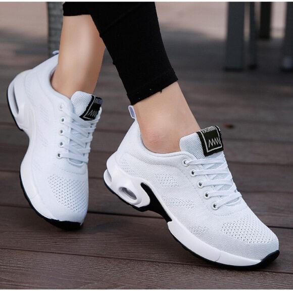 Giày Thể Thao Nữ, Có Đệm Hơi, Đế Mềm, Thoáng Khí, Phong Cách Hàn Quốc, Cỡ Lớn, Kiểu Mới 2020 giá rẻ