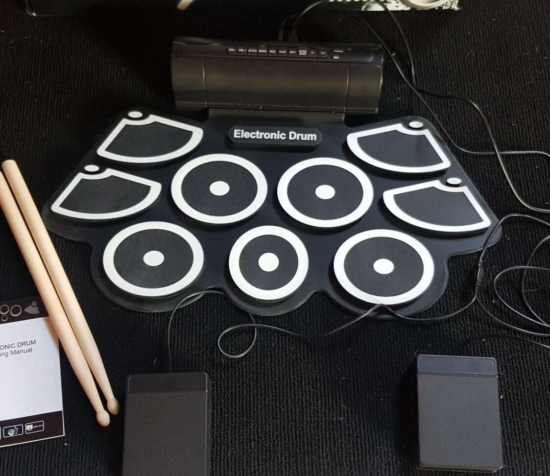 กลองฝึกหัดมินิ สินค้าในไทย กลอง เก้าด้าน กลองอิเล็กทรอนิกส์ USB (เสียงดีมีรีวิว)
