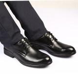 รองเท้าหนังแท้สีดำ หัวแหลม เพิ่มความสูงไว้ด้านใน สไตล์นักธุรกิจหนุ่มอังกฤษ 2012 สีดำ 2012 สีดำ ถูก
