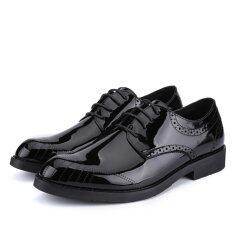 ราคา 2017 ย้อนยุคผู้ชายธุรกิจรองเท้าหนังสิทธิบัตร Pointed นิ้วเท้ารองเท้ารองเท้าบุรุษบุรุษ นานาชาติ ออนไลน์ จีน
