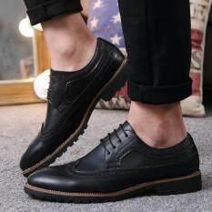 ขาย ซื้อ 2017 วินเทจหนังผู้ชายรองเท้าธุรกิจอย่างเป็นทางการรองเท้าหุ้มส้นนิ้วชี้แกะสลัก Oxfords รองเท้าแต่งงาน นานาชาติ ใน จีน