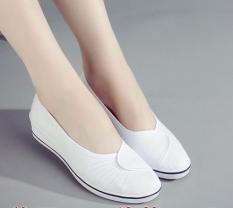 โปรโมชั่น รองเท้าทำงานมีส้น กันลื่น สำหรับผู้หญิง 5 คู่จากสีขาว 5 คู่จากสีขาว ถูก