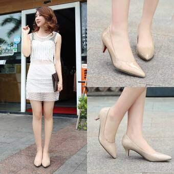 ฤดูใบไม้ร่วงใหม่ 5 cm ปลายแหลมรองเท้าส้นสูงปานกลางของผู้หญิงเข้าได้หลายชุดหนังสดใสมารยาทรองเท้าส้นสูงส้นเข็ม 40 ไซส์พิเศษไซส์ใหญ่พิเศษ 41 สีเนื้อ 43