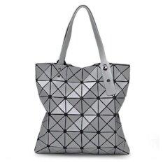 ขาย กระเป๋าแฟชั่นผู้หญิง สไตล์บล็อก 6X6 สีเงินด้าน แฟชั่นจากญี่ปุ่น นิยมมากในญี่ปุ่น ออนไลน์ Thailand