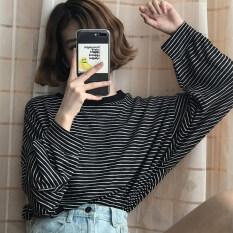 ราคา หลวมเกาหลีบนคอกลมบางลายแขนยาวเสื้อยืด สีดำและสีขาวลาย 8020 เงินหลวม เป็นต้นฉบับ