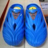 Adda รองเท้าแตะสวม 53301 สีฟ้า ถูก