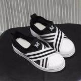 ขาย ซื้อ Banzai รองเท้าผ้าใบผู้หญิง Superstar Slip On Hys 004 สีดำ เบอร์ 37 ใน กรุงเทพมหานคร