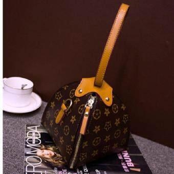 BB Bags กระเป๋าคล้องแขน กระเป๋าถือ ทรงขนมจีบ (สายสีน้ำตาล) รุ่น018